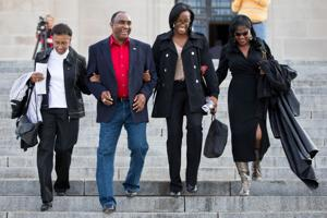 Husker legend Johnny Rodgers granted pardon for felony conviction