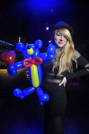 UNO student, balloon artist stretches bounds of creativity — and latex