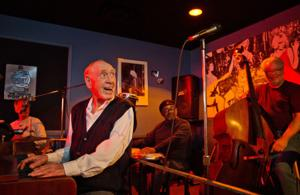 Kelly: At nearly 92, Omaha jazzman Buddy Graves' fingers still dance across keyboard