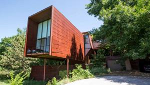 Omaha architect transforms woodland house into 'laboratory'