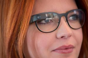 Google Glass makes inroads at workplaces