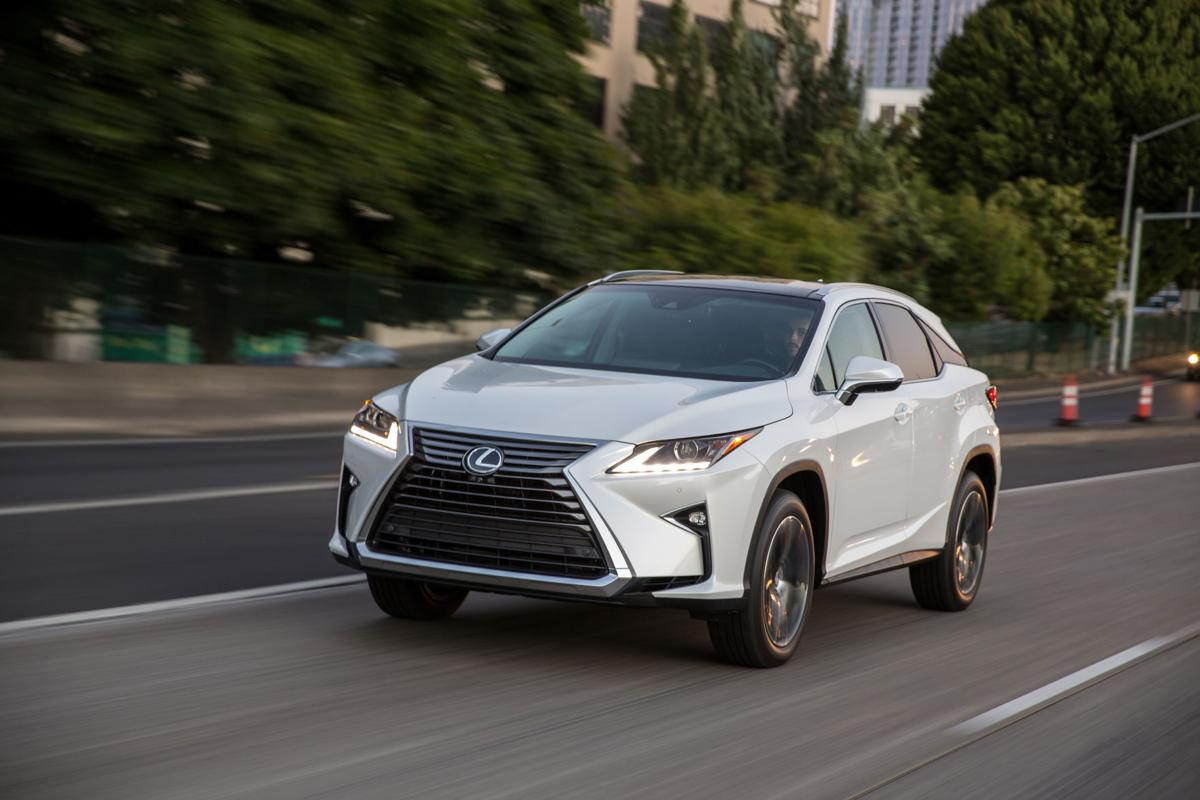Omaha, Lincoln Lexus dealers test-drive new non-negotiable pricing policy | omaha.com