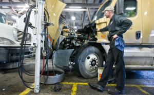 Hot job: Trucking industry goes all out to recruit, train diesel techs