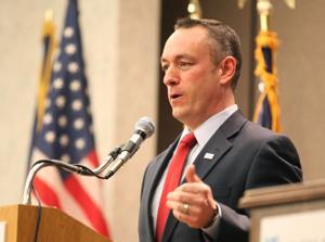 Ex-Omaha Mayor Hal Daub endorses Shane Osborn for U.S. Senate seat