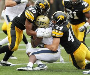Senior trio returns to lead Hawkeye defense that struggled in 2012