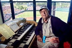 Longtime Rosenblatt organist Lambert Bartak created mood that made fans love CWS