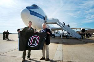 For UNO grad who piloted Hagel's plane, photo op was 'highlight of my career'