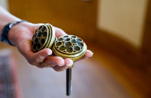 Antique doorknobs stolen from Joslyn Castle