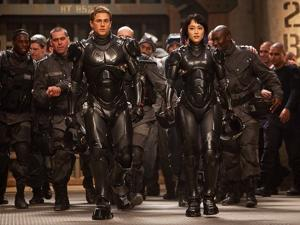 Review: 'Pacific Rim' a rock-'em, sock-'em revelation
