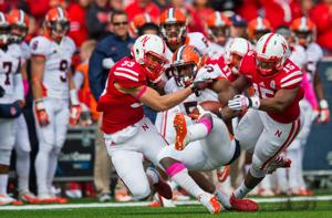 Notes: Flashbacks to UCLA don't rattle Husker defenders