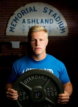 McKewon: Recovering from surgery, Ashland-Greenwood's Brett Kitrell goes full-bore in bid for Husker offer