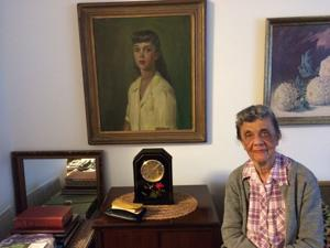 Get to know: 61 years later, Portia still hangs that portrait