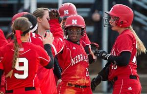 Edwards turns back CU as Huskers win