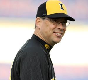 Iowa will not renew baseball coach Dahm's contract