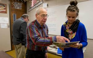 Teachers to honor vet who shares Pearl Harbor story with students