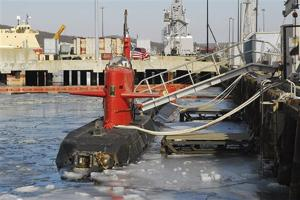 Sub going to museum, but sailors stow its secrets