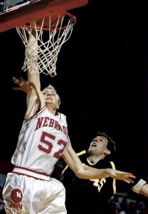 Shatel: Nee's '94 Big Eight champs are all smiles for Miles