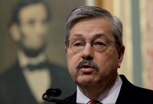 Terry Branstad's proposals aim to draw physicians to Iowa