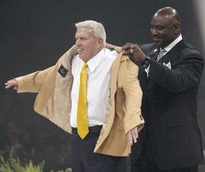 Parcells' coaching career had humble origins with Hastings