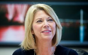 Jean Stothert prepares for office, lays out goals