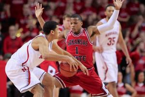 Quick start helps Husker men run past Red Wolves