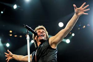 Audience keeps eyes, ears fixated on Bon Jovi