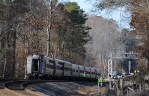 Amtrak train with 218 aboard goes off tracks in SC