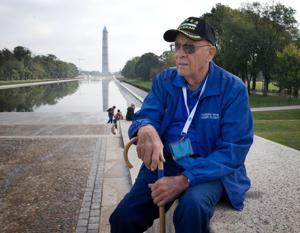 Iowa veterans' Honor Flight trip brings back memories