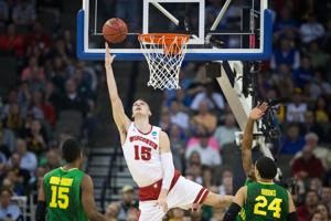 Chatelain: Poised, principled Badgers win without flash