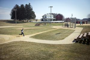 Debate still simmers over Field of Dreams site