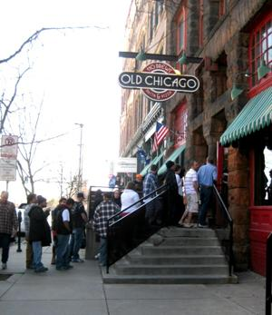 Old Chicago continues Easter tradition