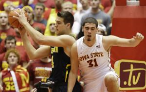 Iowa State upsets No. 7 Michigan