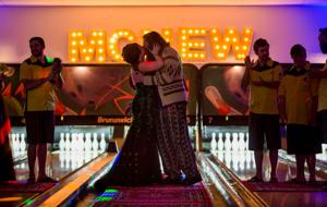 Couple say 'I abide' in 'Big Lebowski'-themed wedding at South Omaha bowling alley