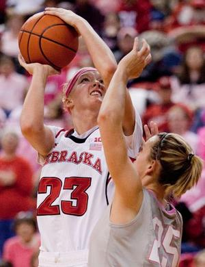 Huskers stymie Buckeyes, earn seventh straight win