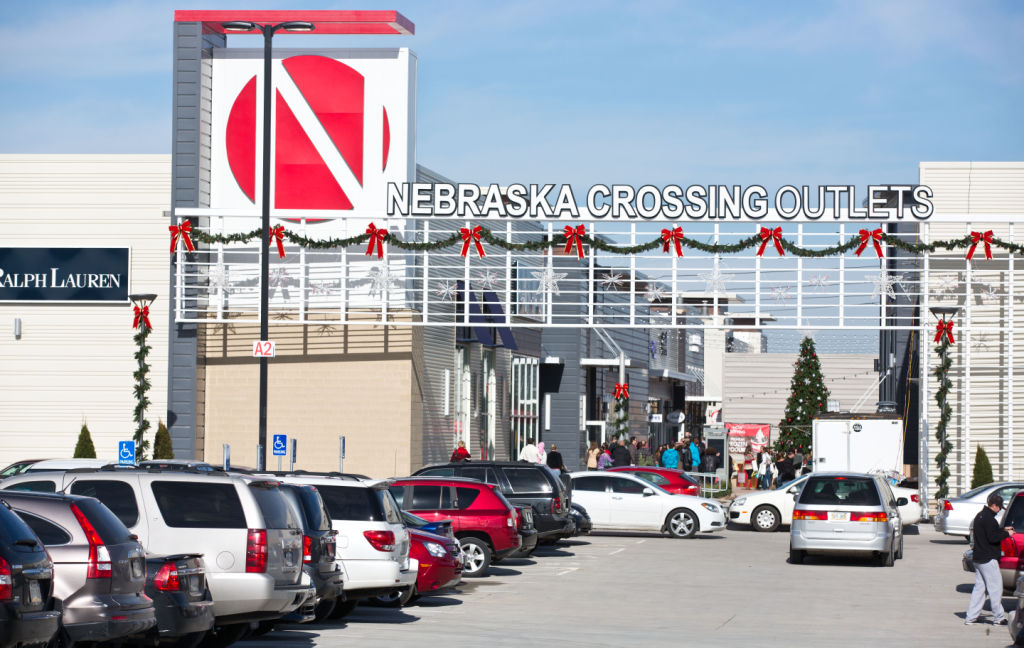 Nebraska Crossing Outlets The revamped mall opened Nov. 15, , at the intersection of Interstate 80 and U.S. Highways 6 and 31 in Gretna. More photos: Nebraska Crossing's transformation Official Nebraska Crossing Outlets website.
