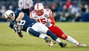 Pelini sees big strides from Husker linebackers