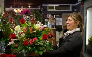 Florists, growers plan well ahead to supply Valentine's Day roses