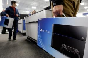 Sales of PlayStation 4 start fast out of the gate