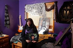 Bellevue teen's death at center of synthetic drug bills