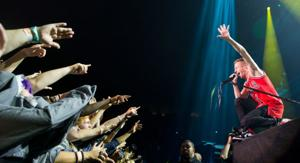 Macklemore brings the 'biggest dance party' to Omaha
