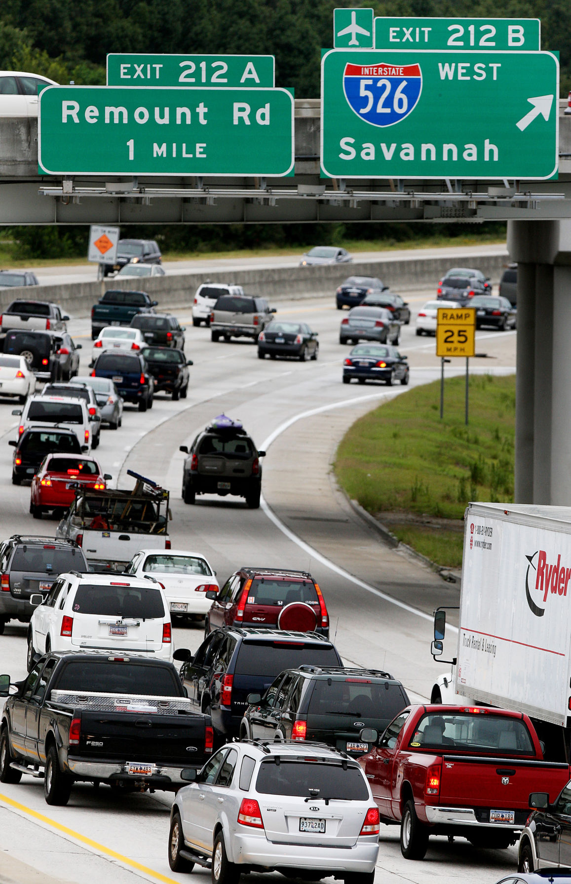 S c holiday travelers to reach record numbers business for Aaa motor club phone number