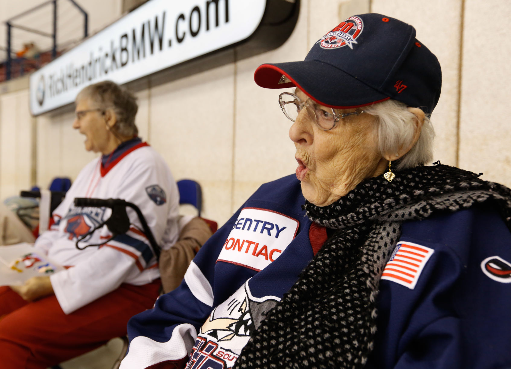 ECHL: At 96, Eleanor Ann Spradlin Is Still A Stingrays Super Fan (video)