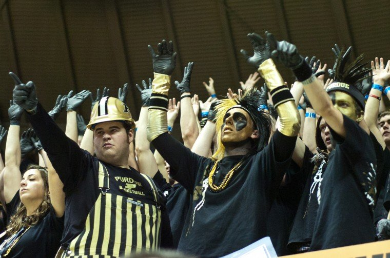 Paint Crew Responds To Drama Of Recent Weeks Basketball Purdueexponent Org
