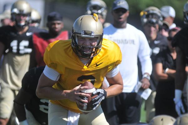 Purdue Football: Boilers face issues at backup quarterback
