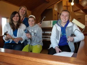Geneseo youth group builds budgets to build West Virginia homes, faith