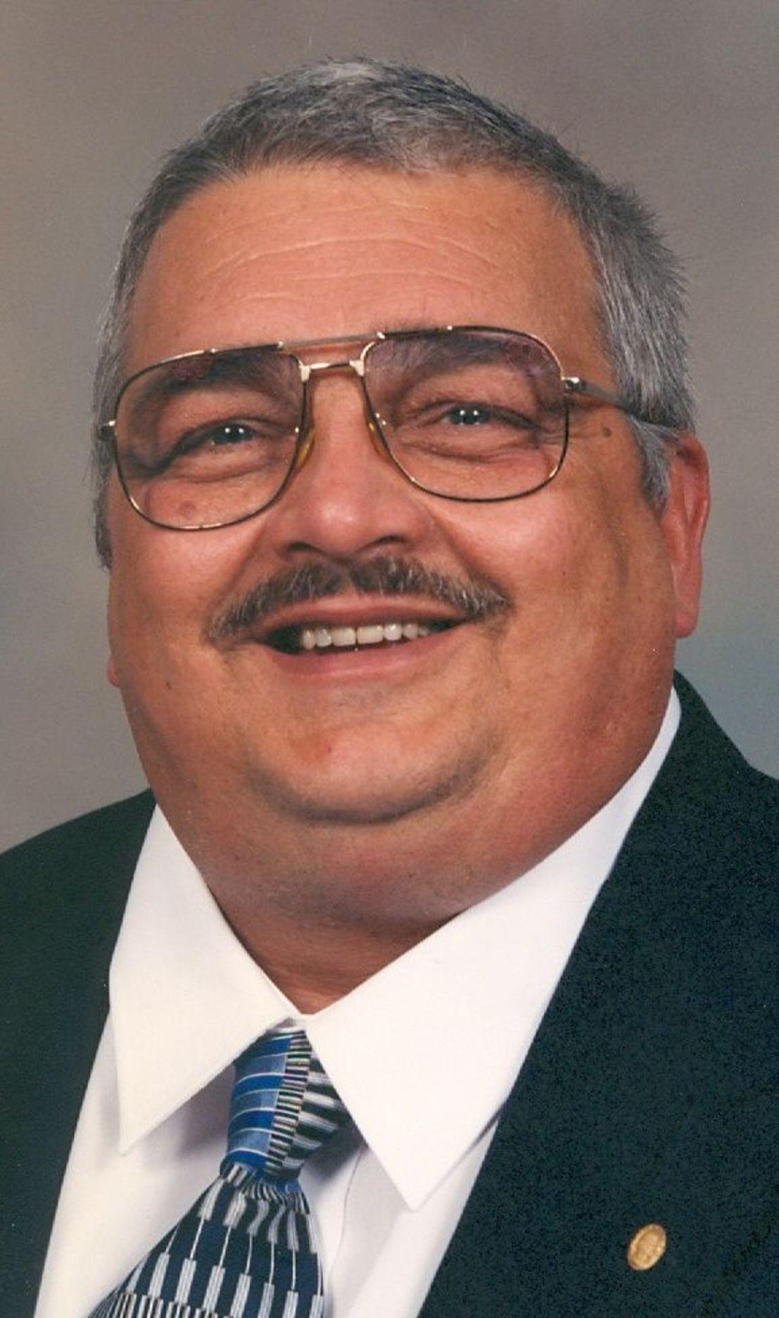 Kenneth Davis Net Worth