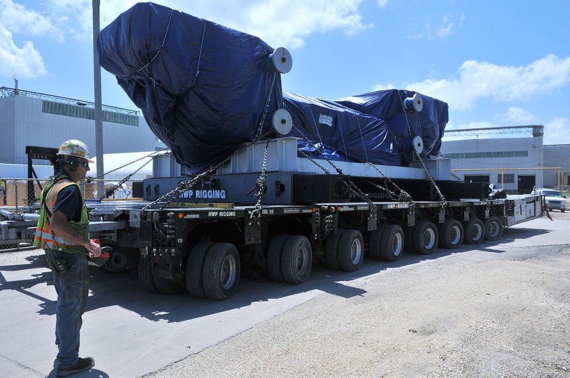 Alcoa S New Aerospace Equipment Arrives Via Barge Local