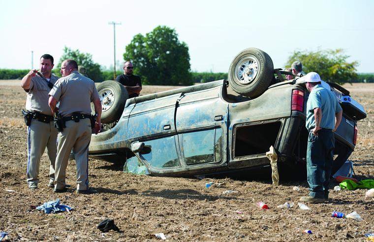 Three injured in rollover crash porterville recorder news for Galaxy 9 porterville