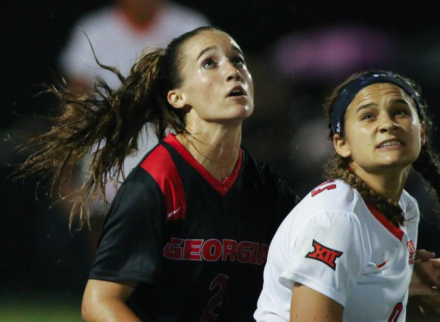 Marion Crowder takes on leadership role for the soccer team