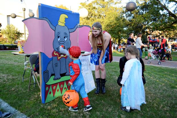 Halloween costume carnival